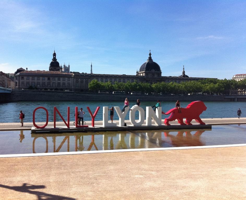 Lyon une strat gie touristique tr s marqu e marsactu - Office du tourisme et des congres du grand lyon ...
