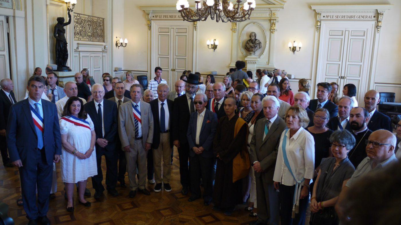 Le conseil municipal rend hommage aux victimes de l 39 attentat de nice marsactu - Cabinet de conseil marseille ...