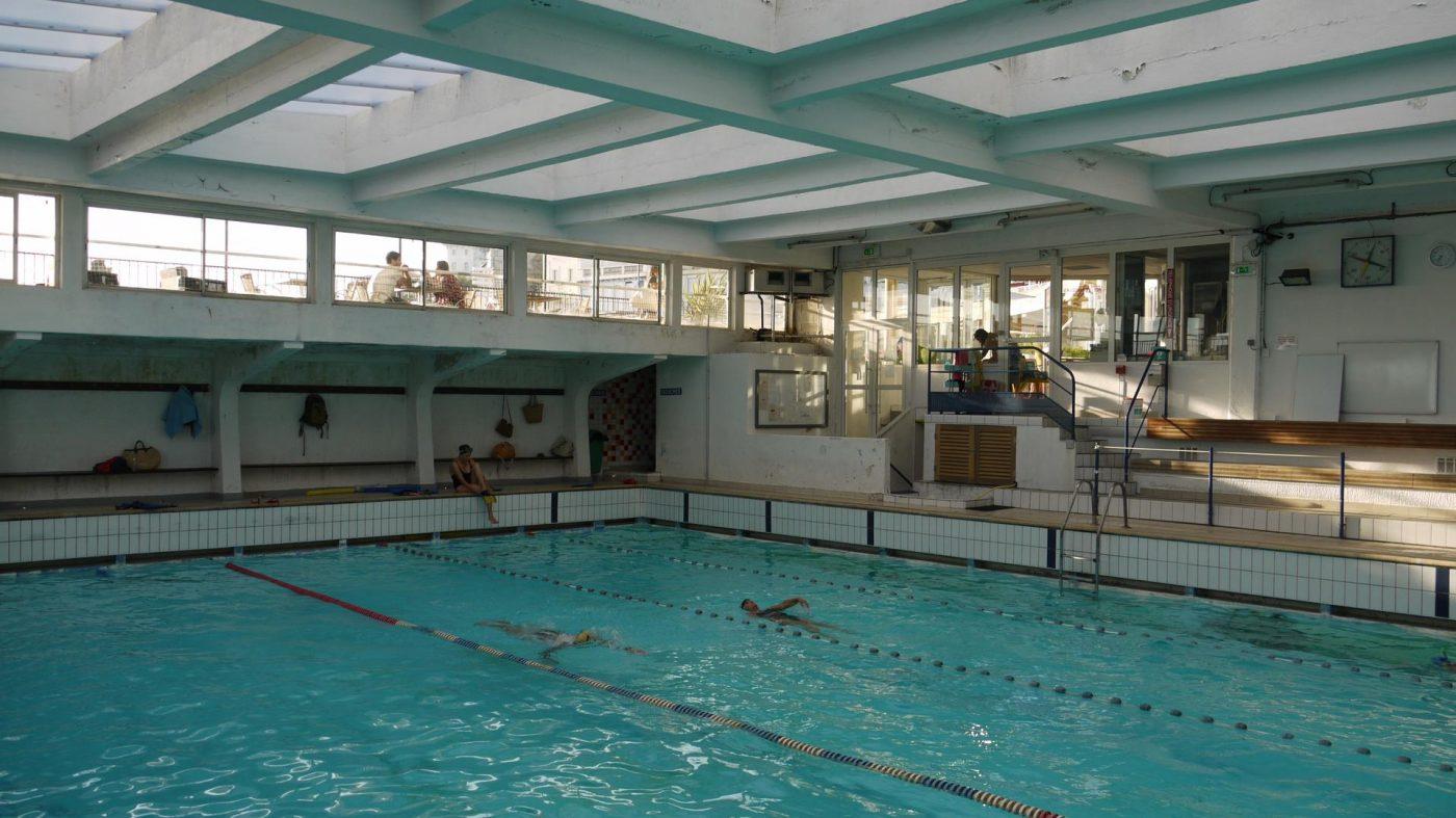 Piscine des dauphins echirolles piscine espace dauphins for Piscine echirolles