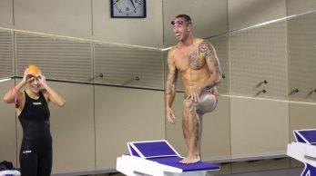 Frédérick Bousquet s'apprête à plonger dans la piscine de Venelles.