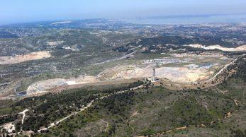 Vue aérienne de la décharge du Jas de Rhodes (Pennes Mirabeau) issue d'un dossier de demande de renouvellement d'autorisation