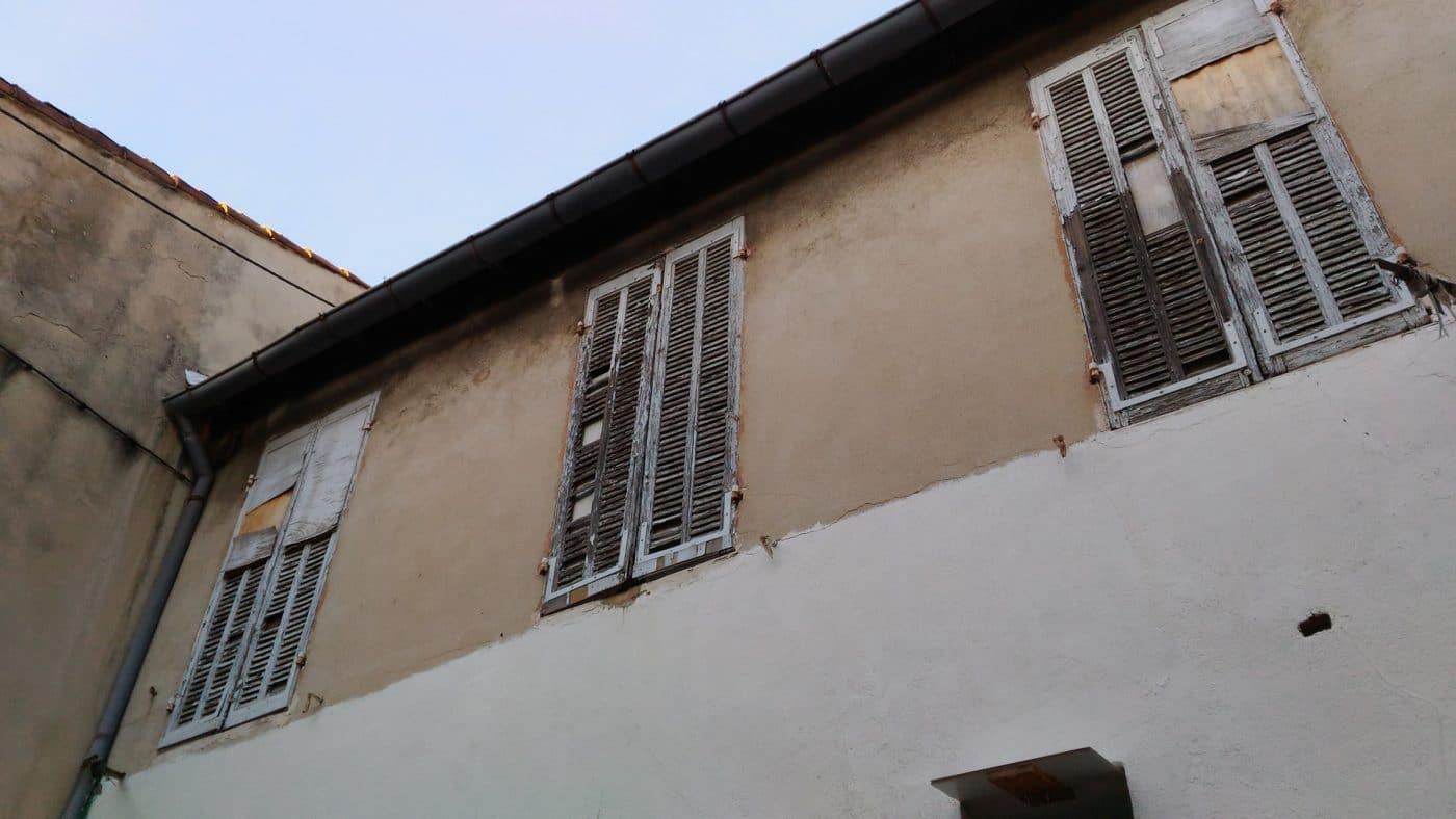 La caf avait coup les allocations du logement lou par thierry santelli pour ind cence marsactu - Plafond caf allocation logement ...