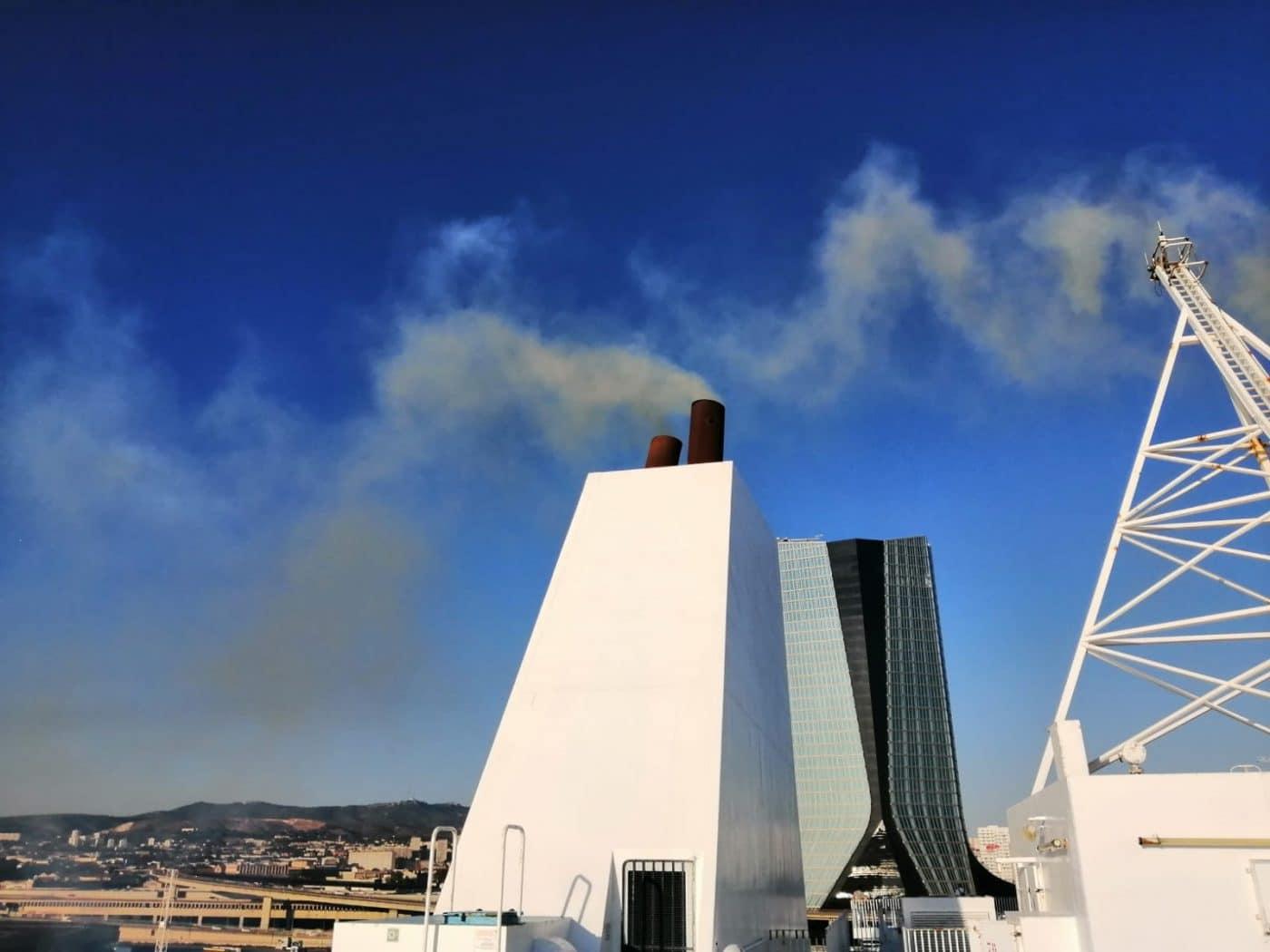Pollution : quatre compagnies et le port avancent pour le branchement à quai des bateaux